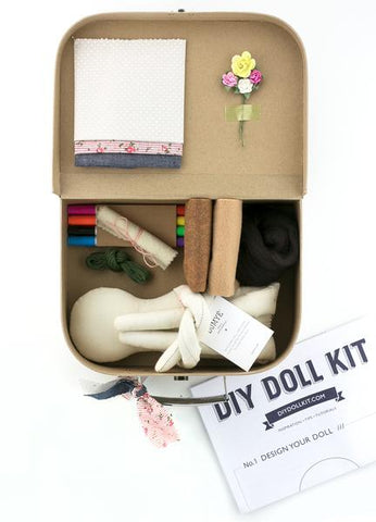 DOLL KIT / BOLD BLOSSOM