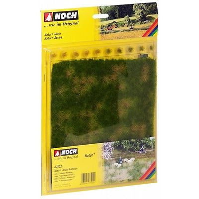 Noch - Spring Meadow (22x20cm) - Grass tufts (10 item)