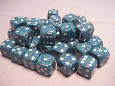 Set of 2 Gold-Plated d6s Chessex 16mm
