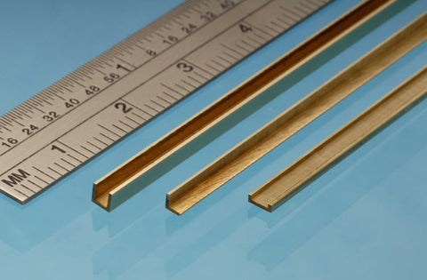 Albion Alloys - AAA3 - BRASS ANGLE 3mm X 1mm packed 1s