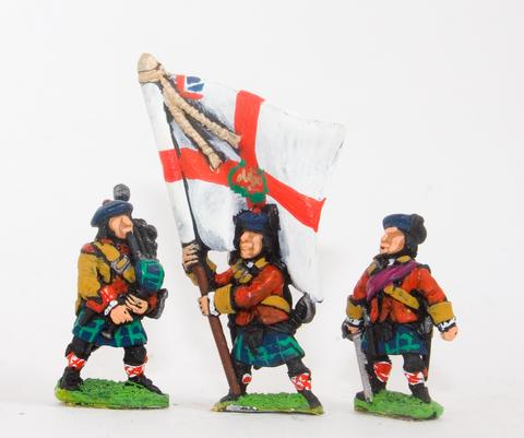 Essex - Command: Scots Officer, Standard Bearer & Piper - 15mm