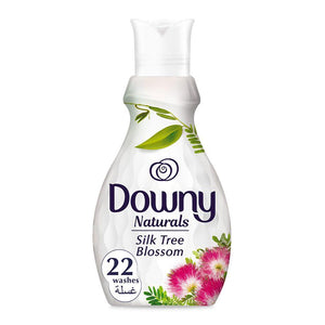 Downy Naturals Concentrate Fabric Softener Silk Tree Blossom Scent (4 x 880 ml)