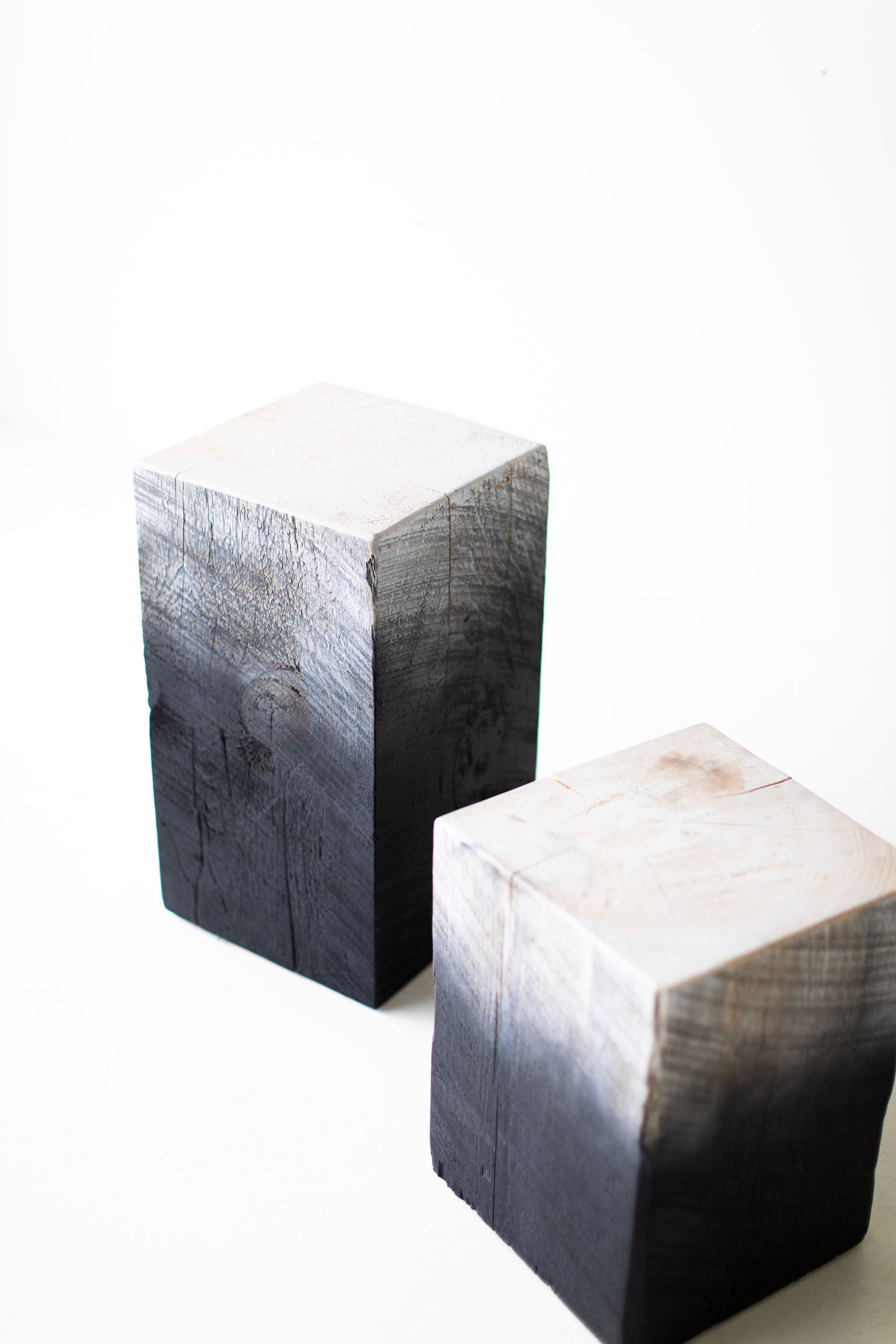 Drift-Tree-Trunk-Side-Tables-09