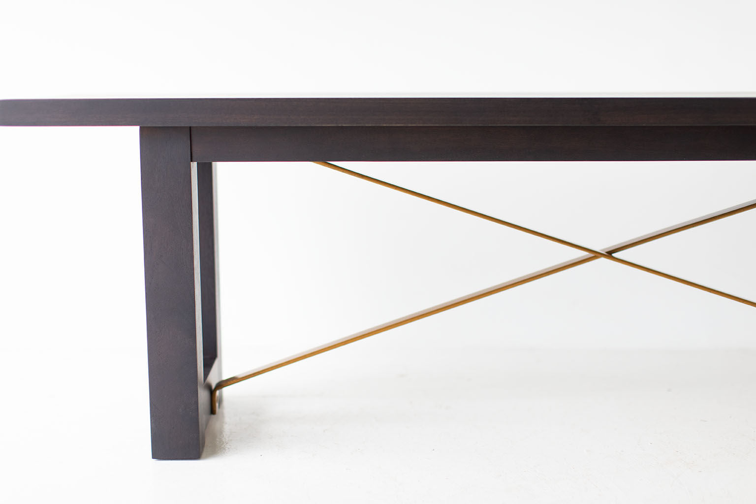 Modern-Bench-Black-Brass-02
