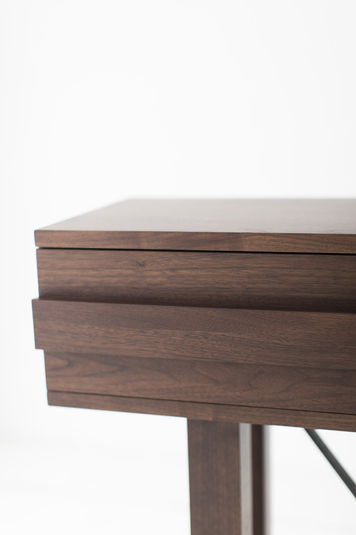 Modern-Console-Shorty-0417-03