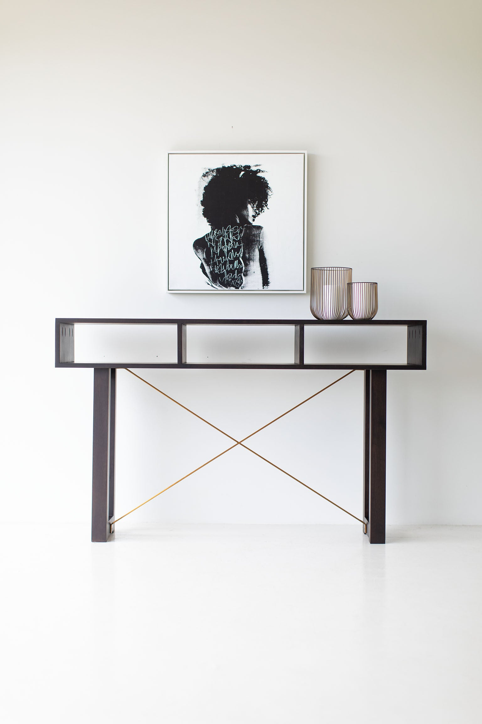 Modern-Console-Table-Black-Brass-03