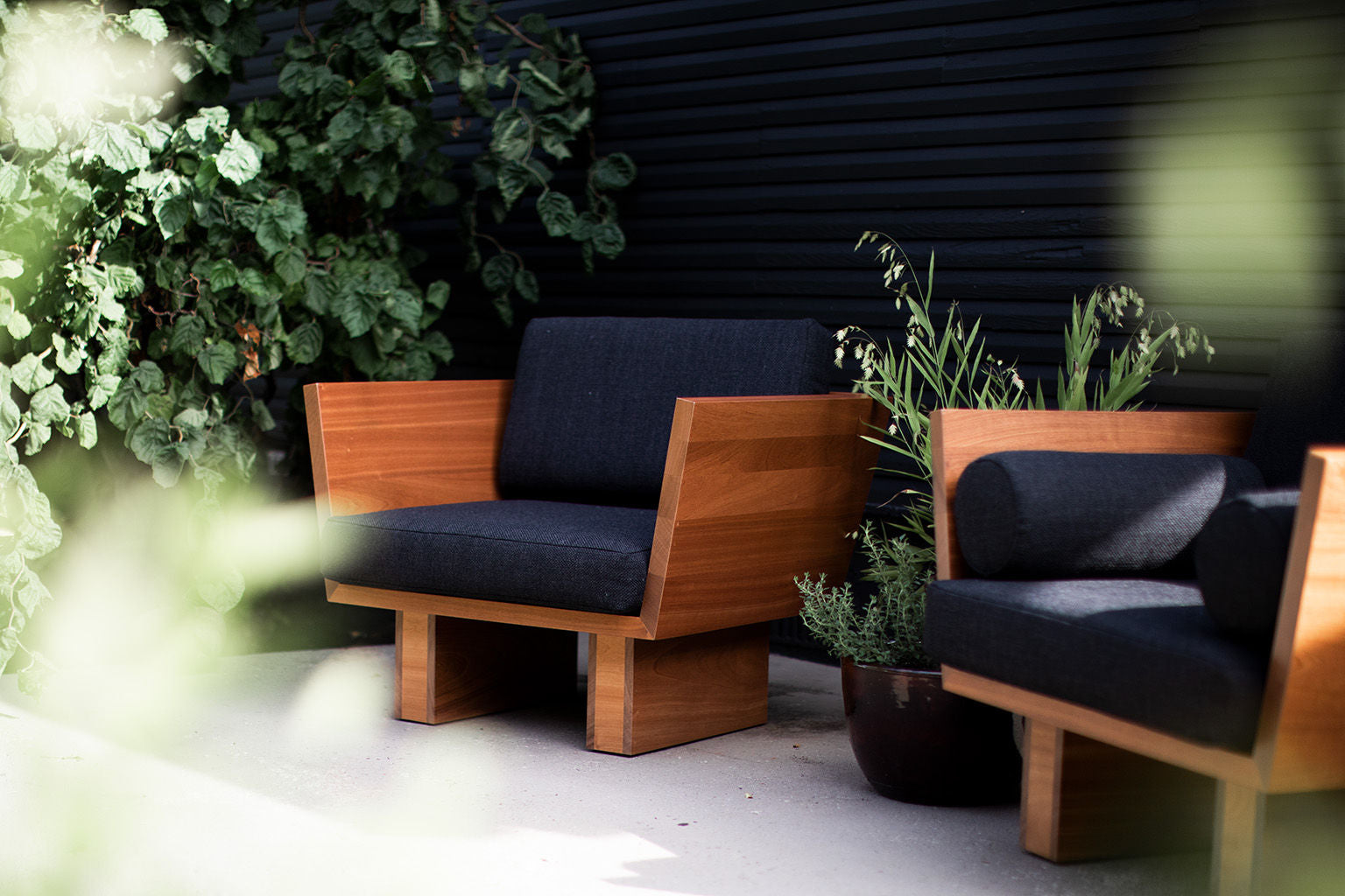 Suelo-Outdoor-Modern-Lounge-Chair-1120-21