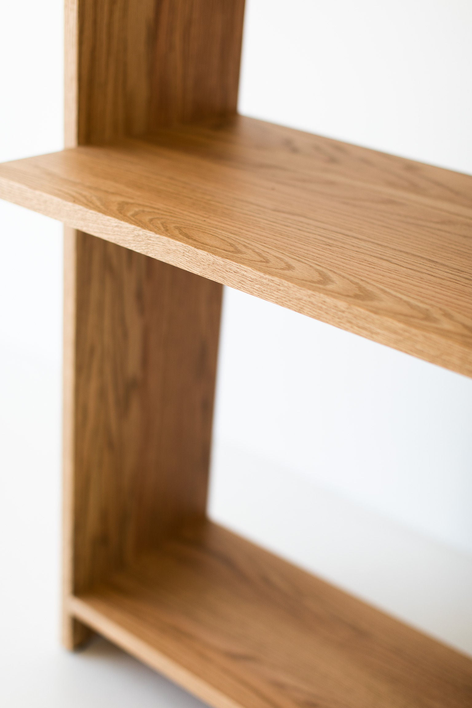 Tall-Oak-Shelving-Desk-15