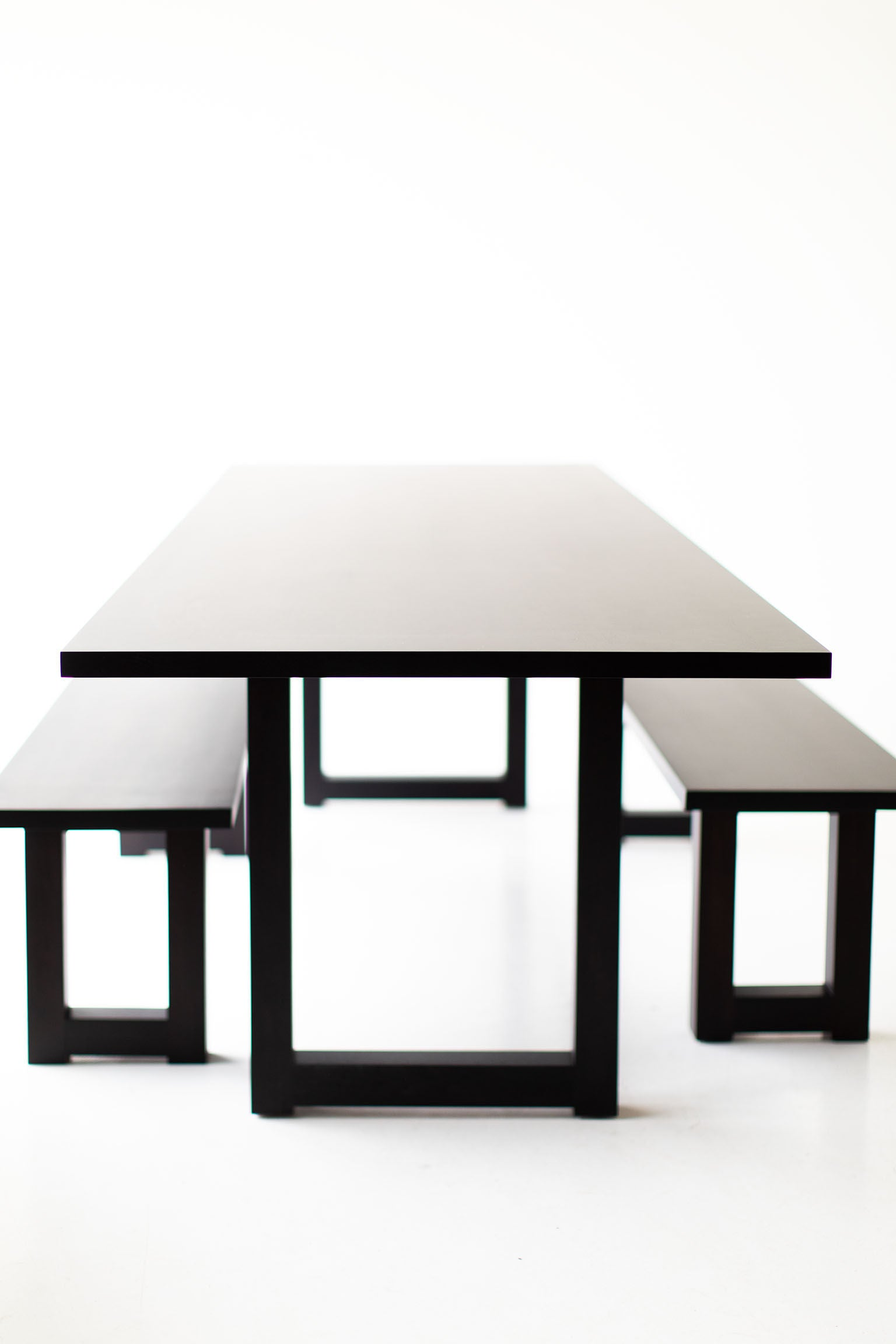 black-dining-table-07