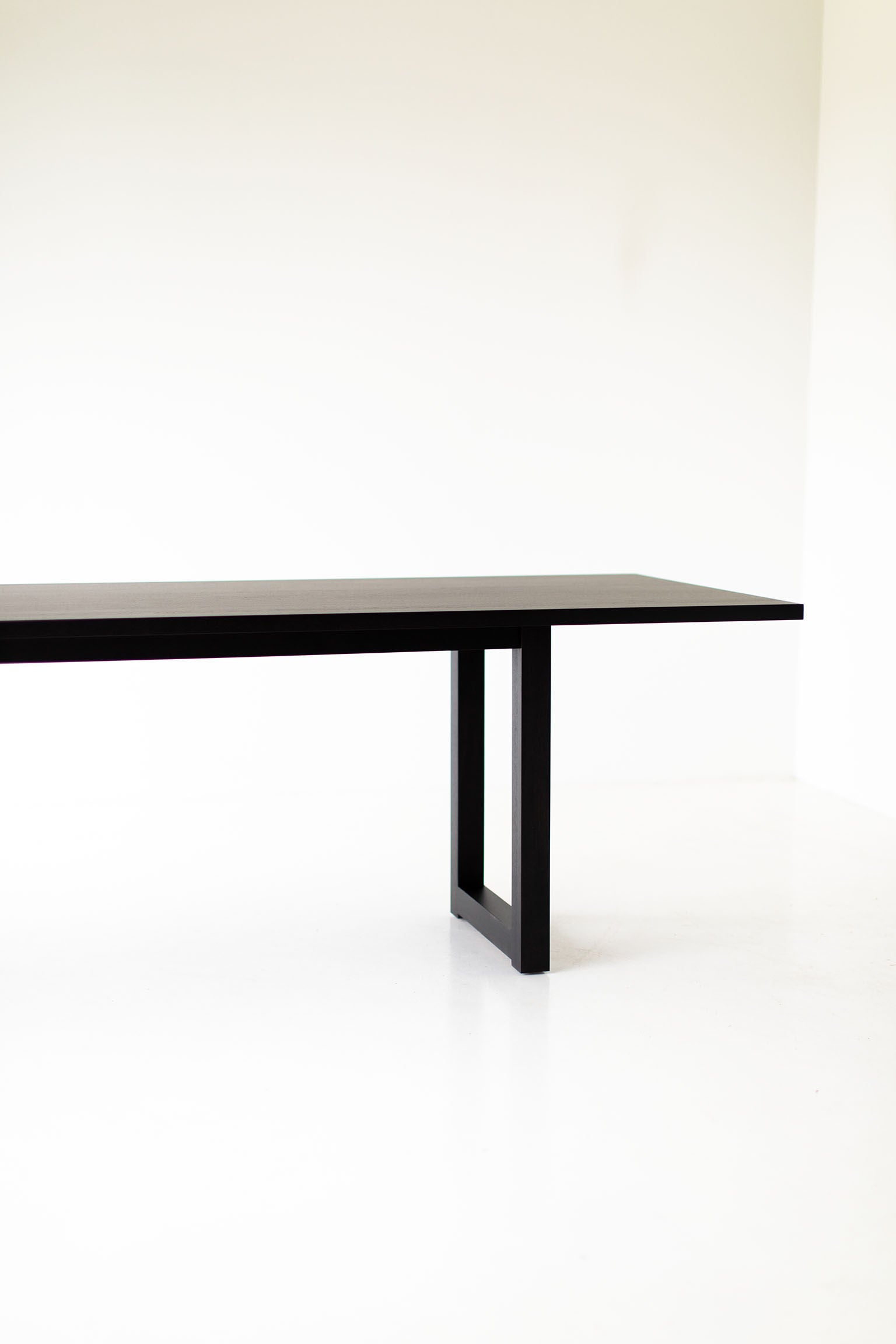 black-dining-table-08
