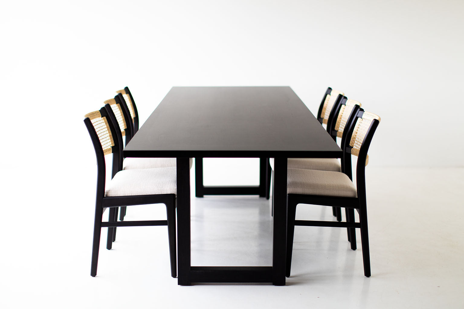 black-dining-table-10