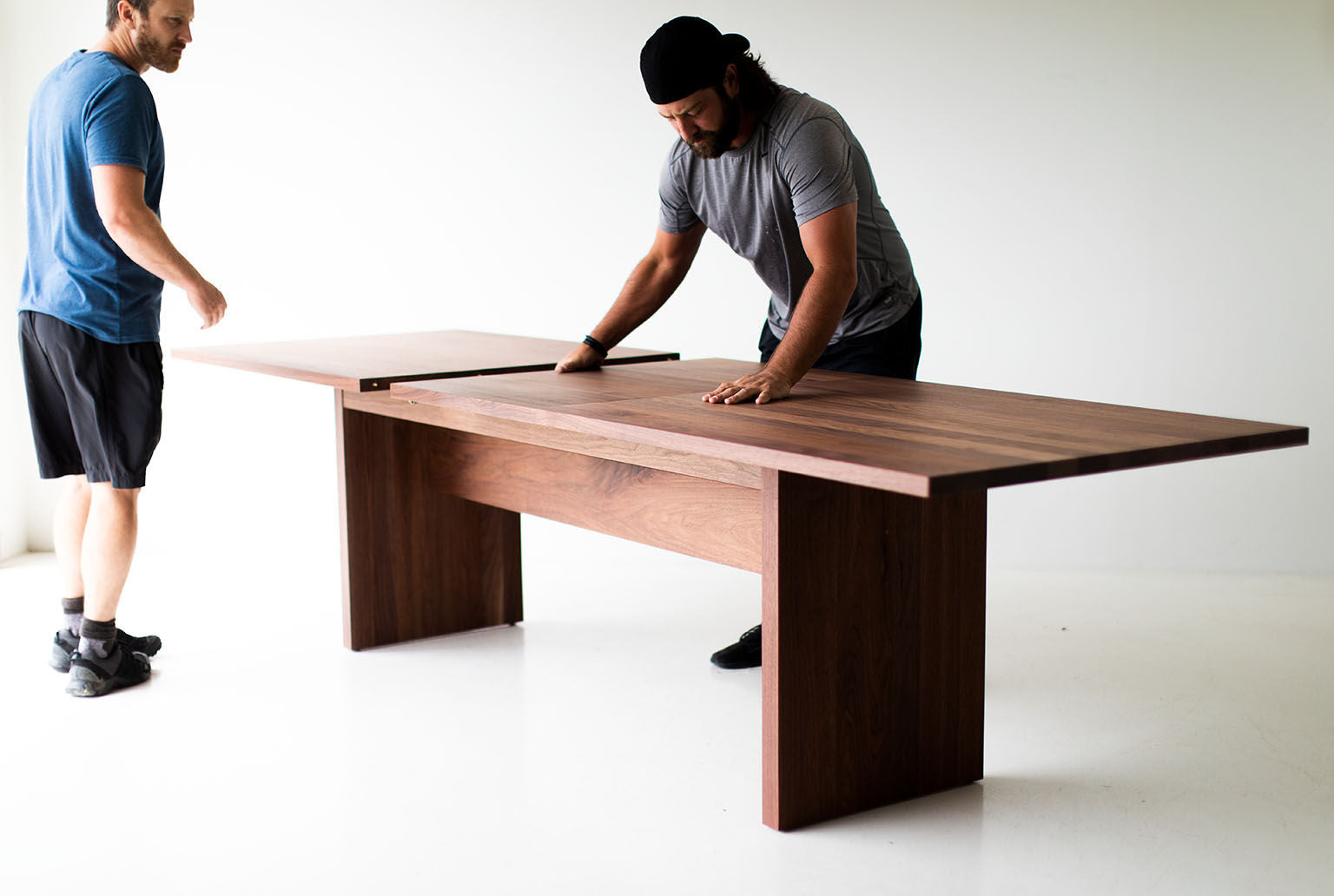 modern-extendable-dining-table-toko-10