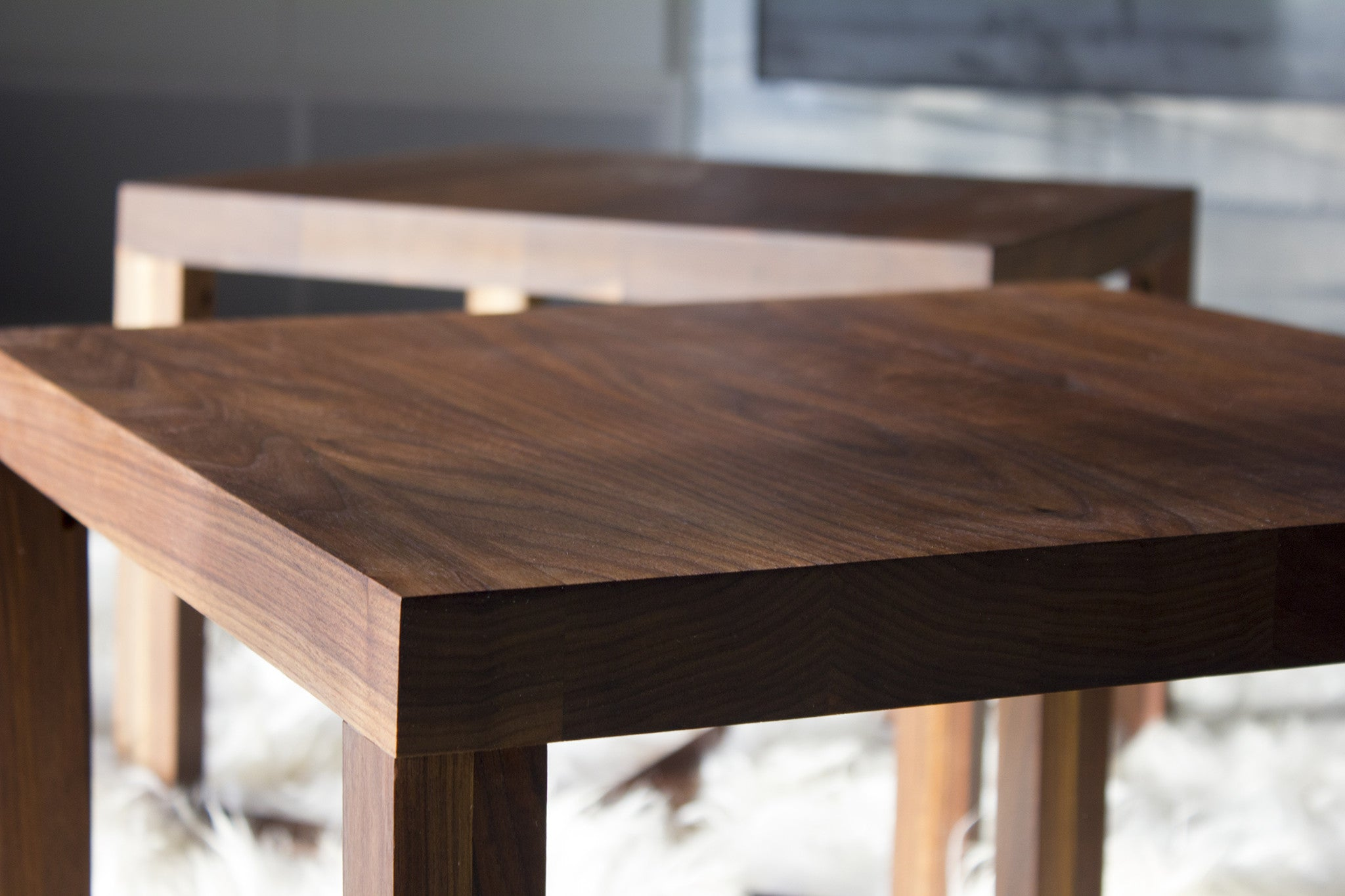 modern-side-table-0217-03