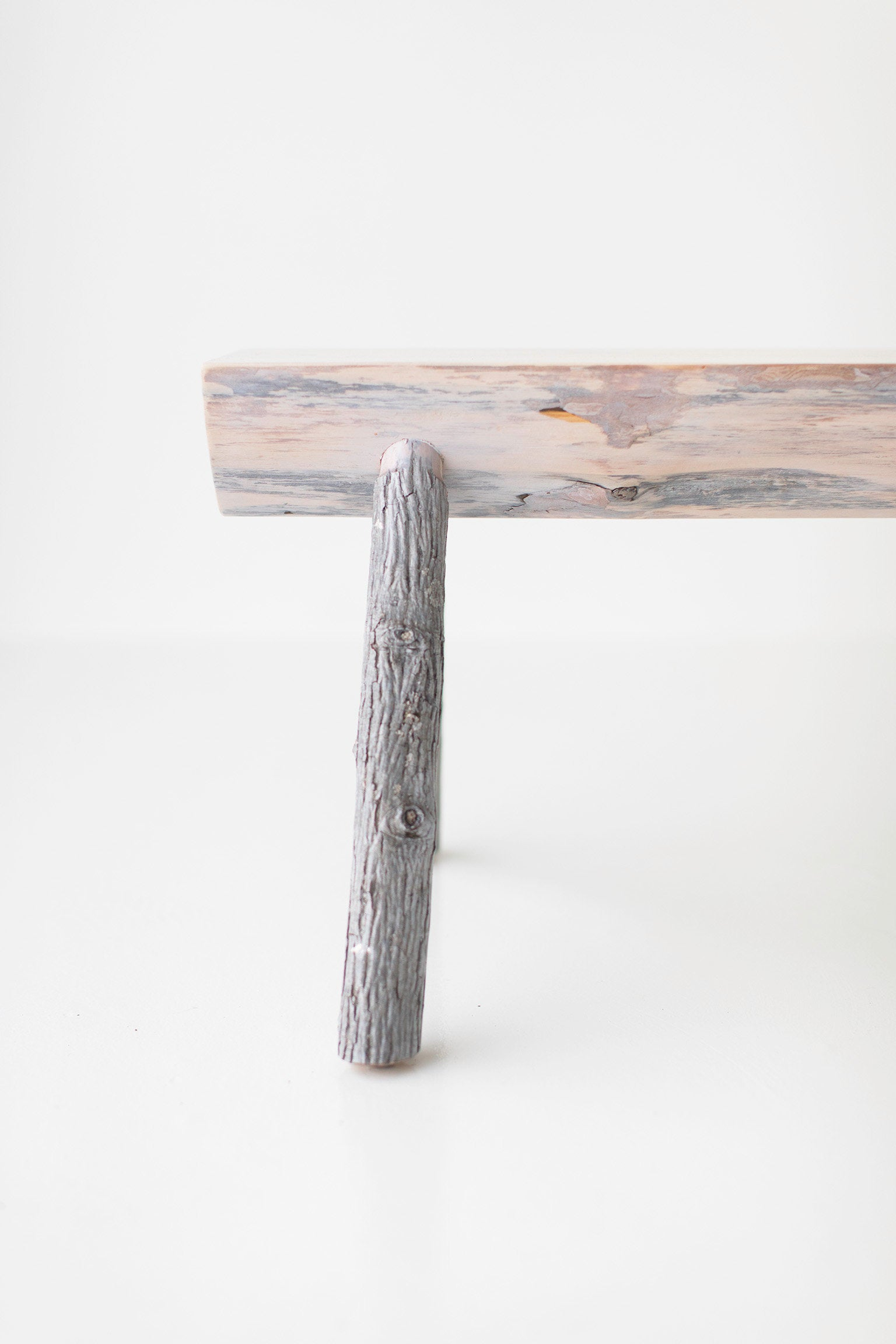 tree-stump-bench-02