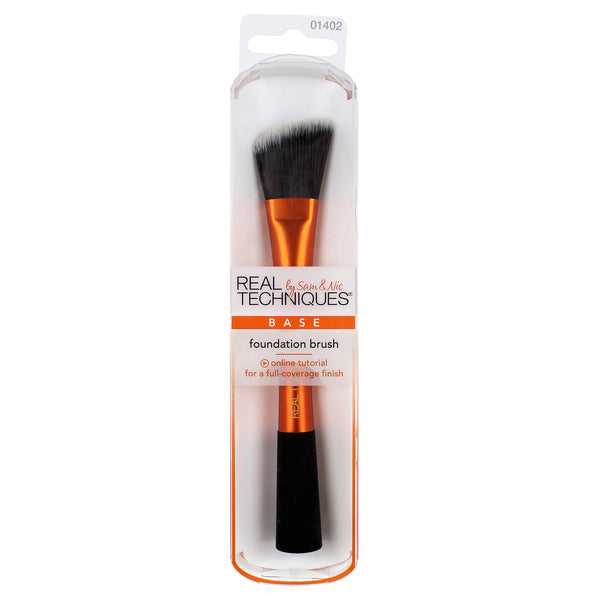 Real Techniques- foundation brush