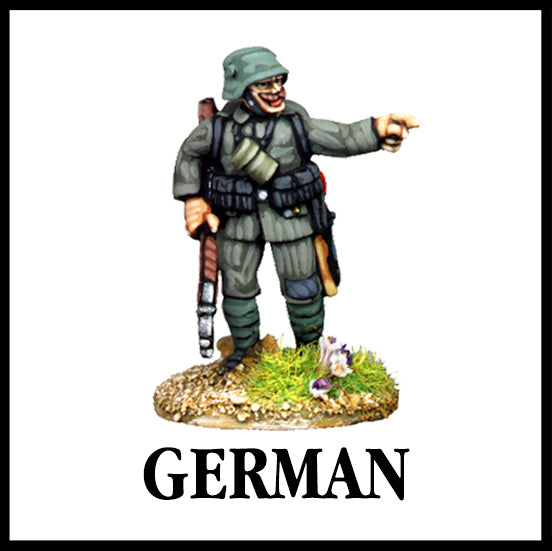 28mm scale lead metal miniature toy soldier from Wargames Foundry WW1 The Great War German Storn Trooper pointing in full uniform
