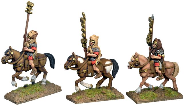 CR052 - Mounted Standard Bearers