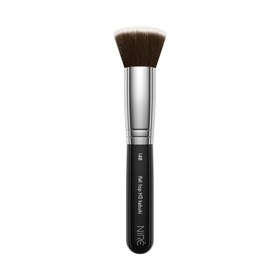 140 Flat top HD Kabuki Brush with Mini Beauty Blender - Niré Beauty