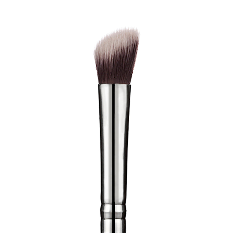 202 Angled Eyeshadow Brush - Niré Beauty