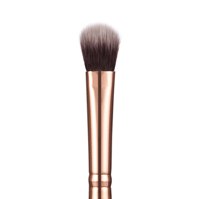 203 Large Eyeshadow Brush - Niré Beauty