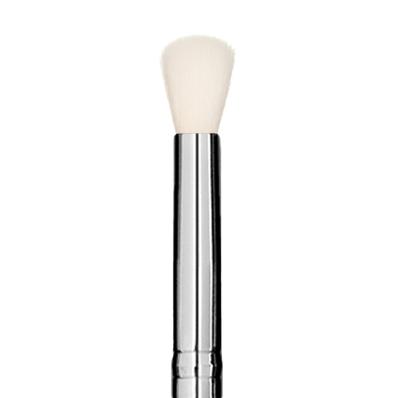 502 Eyeshadow Blending Brush - Niré Beauty