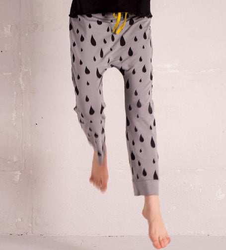 Funky Legs organic raindrop pants, gray<br>Size 5-10Y