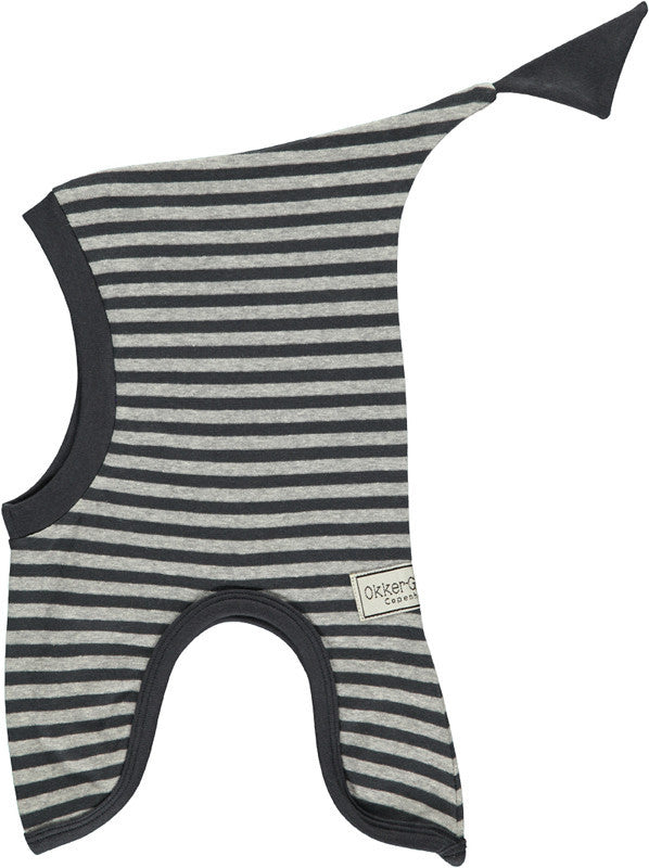 Okker-Gokker organic cotton hat, gray stripes