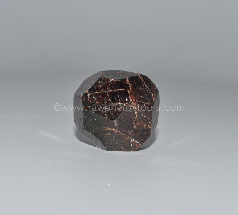 Garnet Faceted - Raw Energy Tools