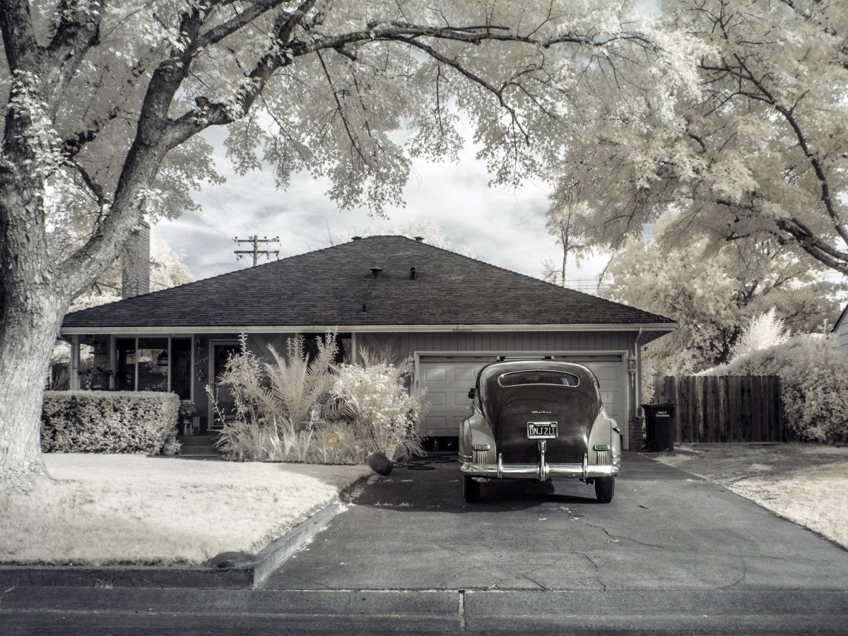 vintage car and house