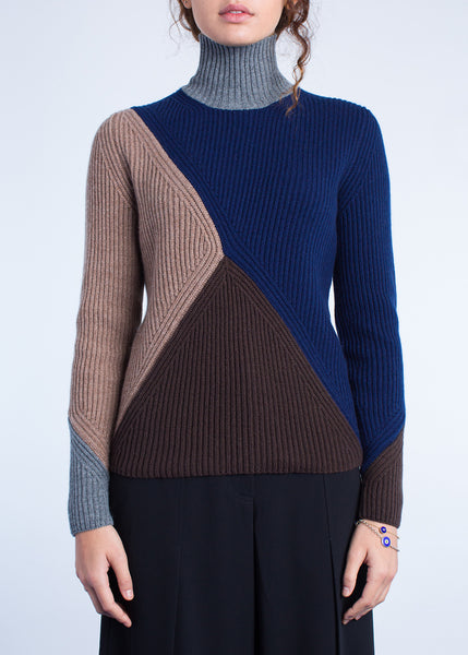 Meandering Ribs Turtleneck