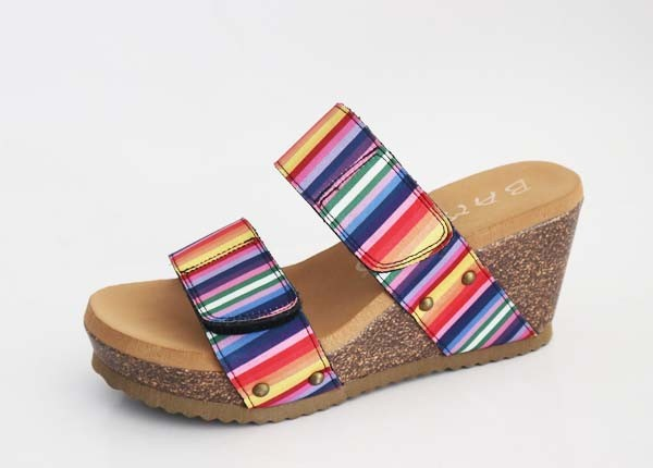 Serape Lovin Wedge