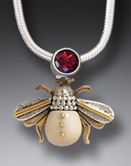 bee pendant/necklace w/garnet gem