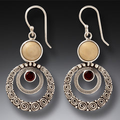 ripple earrings w/GARNET gem