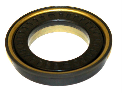 Front output seal for NP263