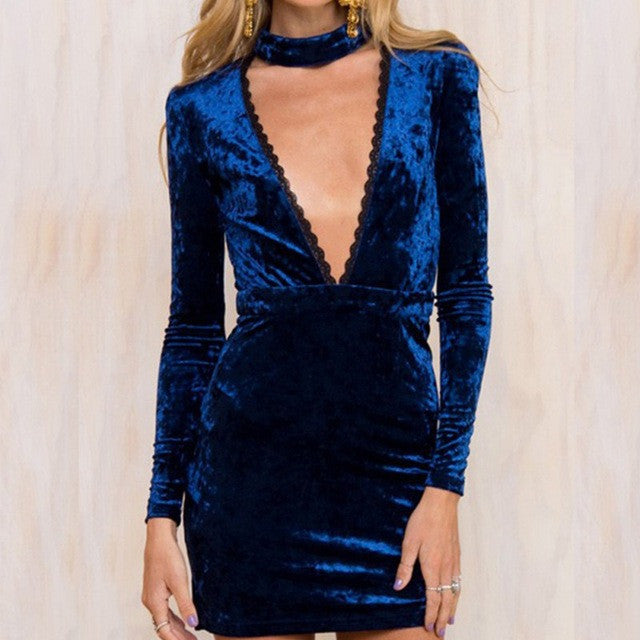 DEEP PLUNGE VELVET CHOKER MINI DRESS