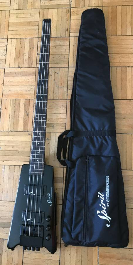 Steinberger Spirit XT-2 4-String Headless Bass Black with Gig Bag X2