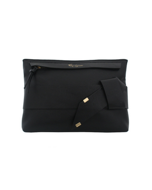 Pellie Clutch in Black