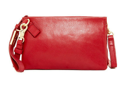 FC ESSENTIAL CROSSBODY IN RUBY