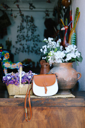Coconut Island Saddle Bag in Natural