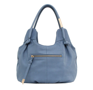 Maddie Hobo in Azul
