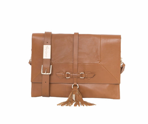 BO CONVERTIBLE CLUTCH IN HONEY BROWN