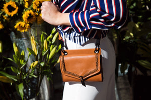Ami Crossbody in Honey Brown