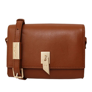 DIANE FLAP CROSSBODY IN HONEY BROWN