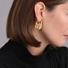 Load image into Gallery viewer, Margo Earrings