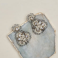 Load image into Gallery viewer, Anastacia earrings
