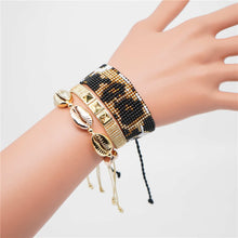 Load image into Gallery viewer, Shell and Animal Print Bracelet Set