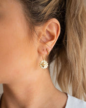 Load image into Gallery viewer, Blanca Earrings