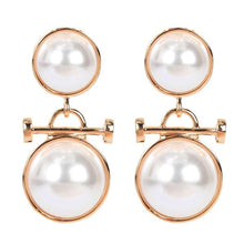 Load image into Gallery viewer, double round pearl earrings
