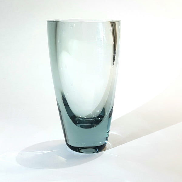 Whitefriars Ocean Green Glass Vase By Geoffrey Baxter no.9495 - Be Bold As Brass