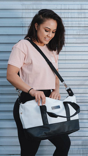 Elegant White Hand Bag/ Sports Bag (Medium)